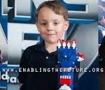 Próteses infantis inspiradas em super heróis 1