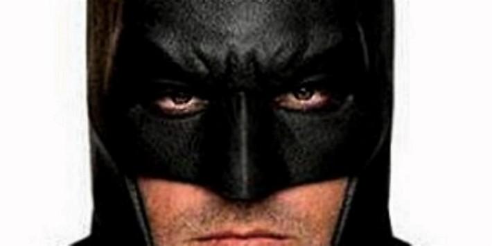 Novo Cartaz, artes promocionais e o Batwing do filme Batman vs Superman