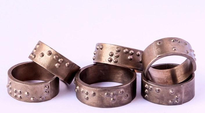 Fundação Dorina Nowill lança coleção de joias e semi-joias em braile 3
