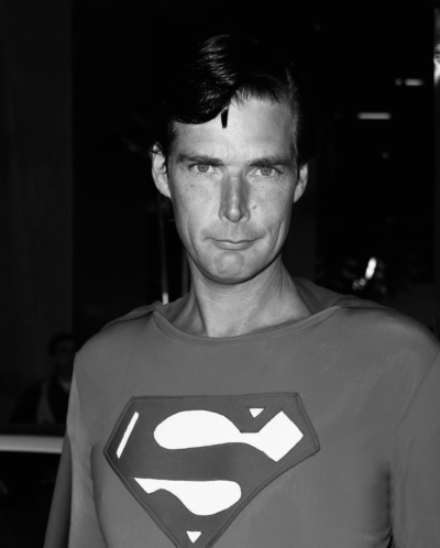 Christopher Dennis, o Superman das ruas de Hollywood, morre aos 52 anos 9