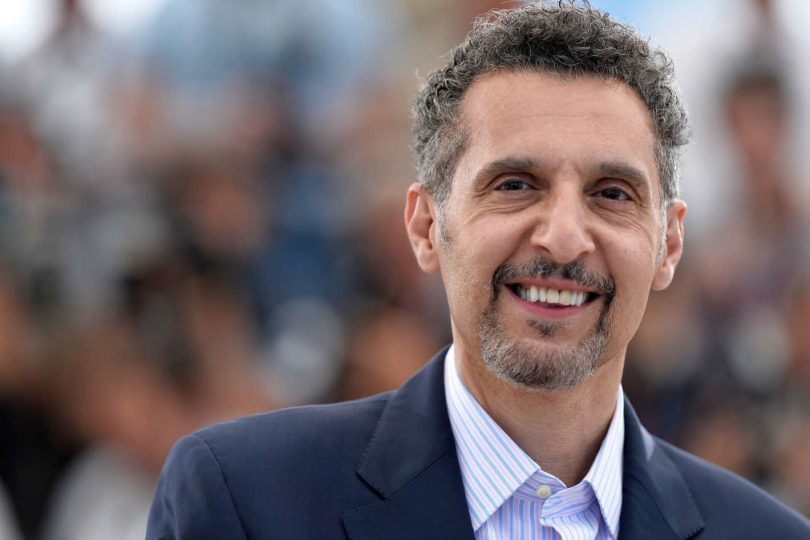 John Turturro é o mafioso Carmine Falcone em The Batman 1