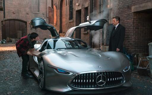 Carro de Bruce Wayne em Liga da Justiça foi feito sob medida para Ben Affleck 9