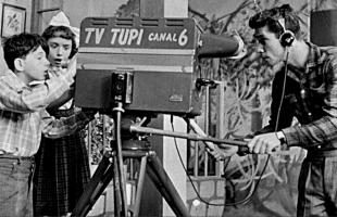 A primeira transmissão de TV no Brasil completa 70 anos 9