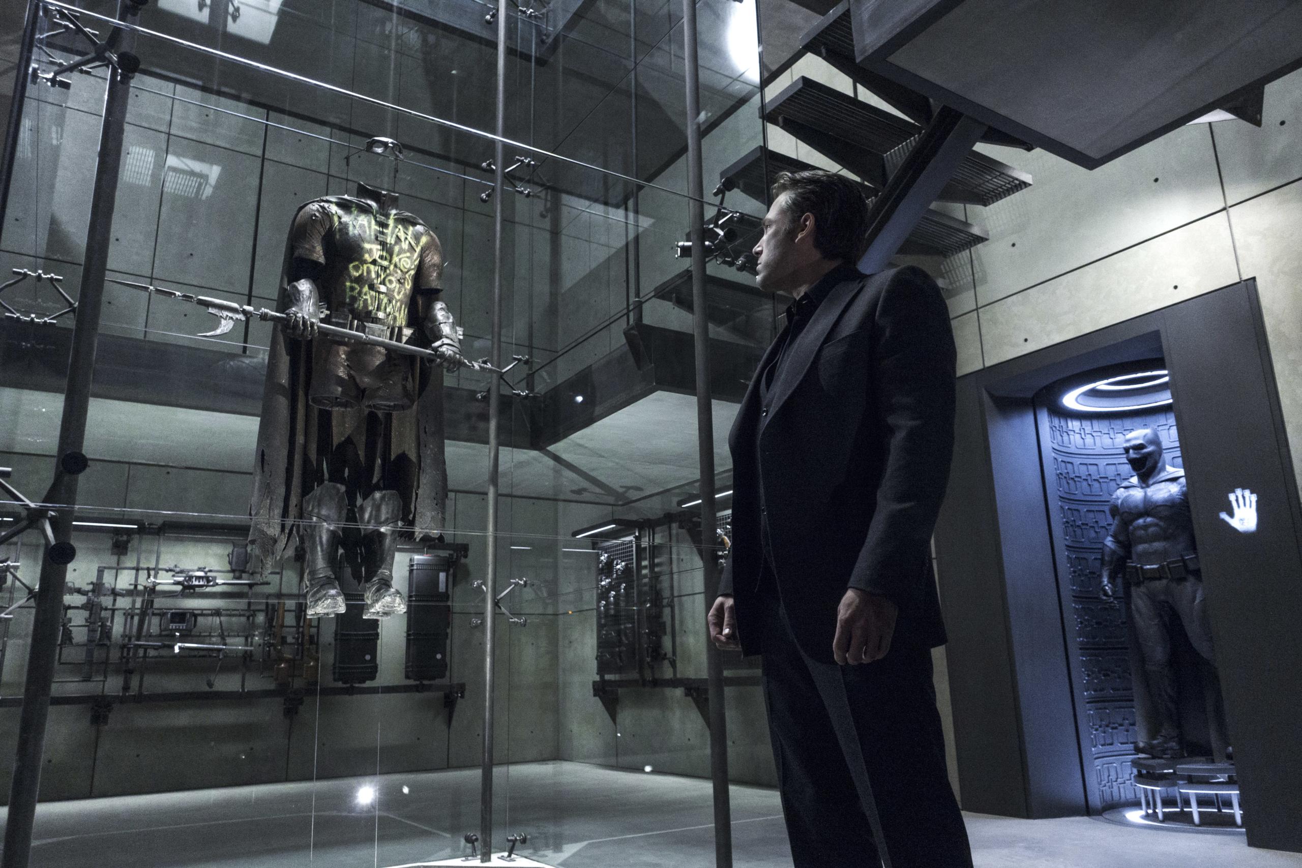 Batman vs Superman: 10 coisas sobre a Batcaverna que você não sabia 7