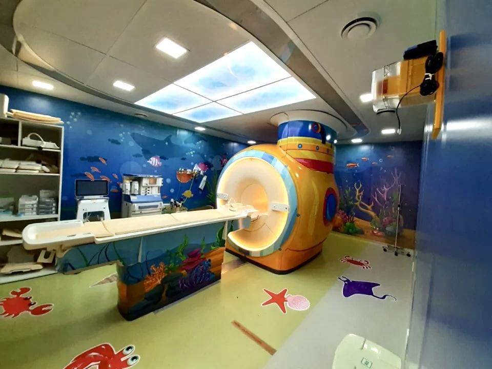 Hospital das Clínicas de SP transforma sala de ressonância para crianças em 'Viagem ao Fundo do Mar' 4