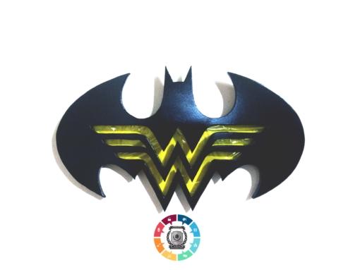 Ovos de Páscoa inspirados em Batman e Mulher-Maravilha são lançados