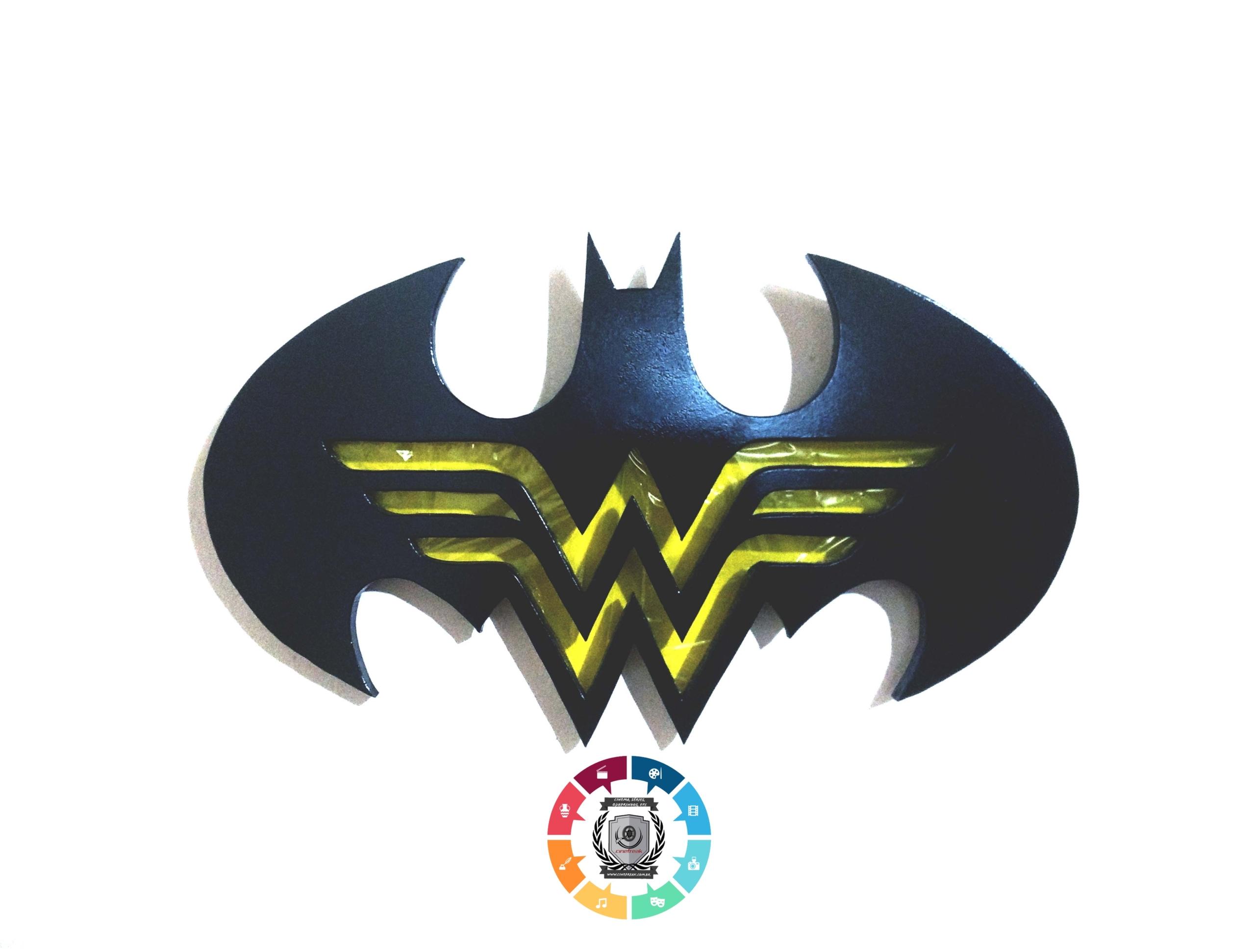Ovos de Páscoa inspirados em Batman e Mulher-Maravilha são lançados 5