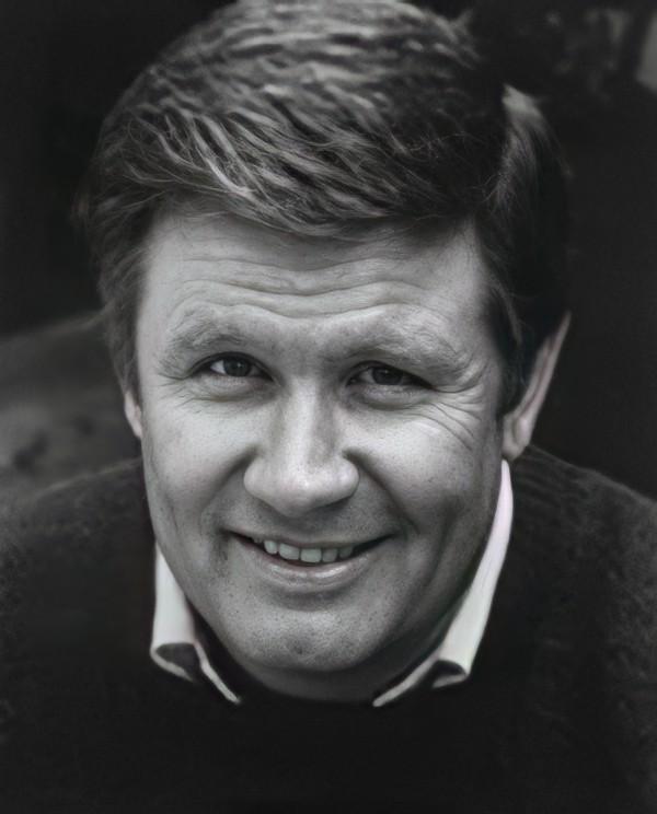 Morre o ator James Hampton aos 84 anos de idade 3