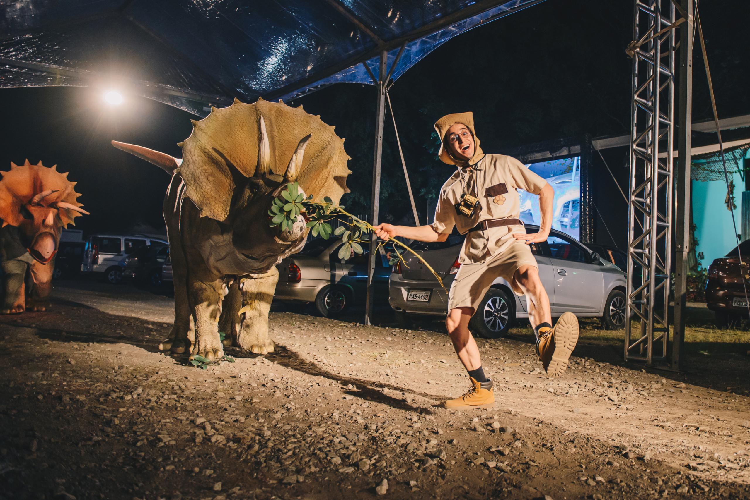 Jurassic Safari Experience volta em curta temporada 9