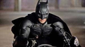 """Christian Bale pode voltar a viver o Cavaleiro das Trevas em """"The Flash"""" 7"""