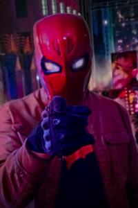 Caio Gaona lança versão da abertura de Titans vestido de Capuz Vermelho 3