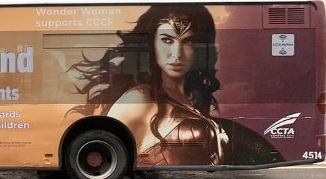 """Imagens da Mulher-Maravilha são vistas no set de """"The Flash"""" 7"""